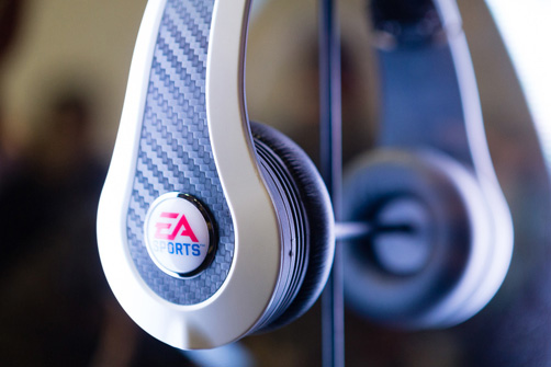 ea-sports-amp-monster-headphones-a-meeting-of-giants-2