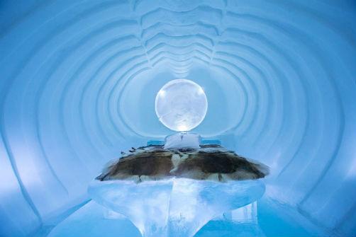 inside-swedens-icehotel-4