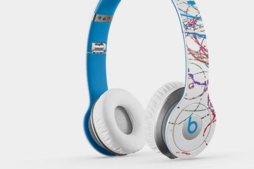 futura-x-beats-by-dre-solo-hd-headphones-1