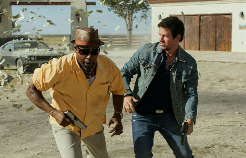 2-guns-2013-denzel-washington-mark-wahlberg-movie-film-review-shelf-heroes