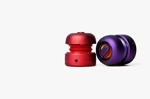 x-mini-2013-fallwinter-bluetooth-speakers-3