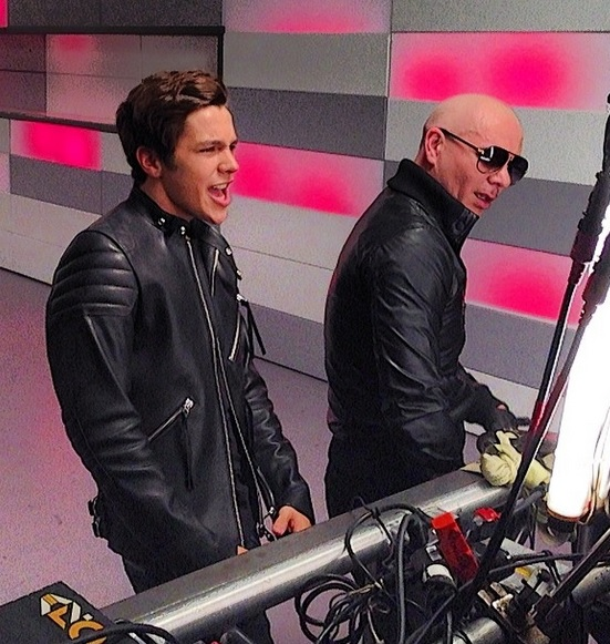 austinmahone-mmmyeah-pitbull-video