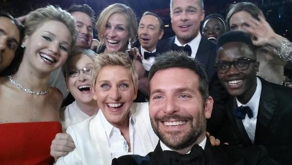 ellen-selfie