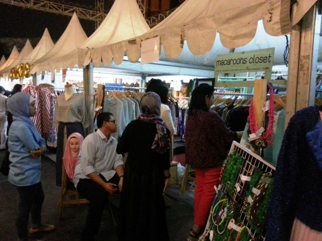 Booth CL-3