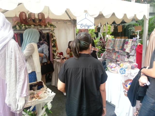 Booth CL-4