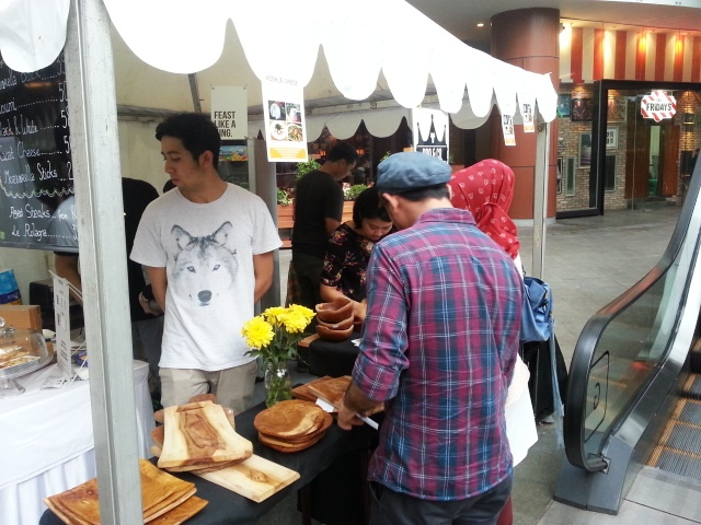 Booth GT-2