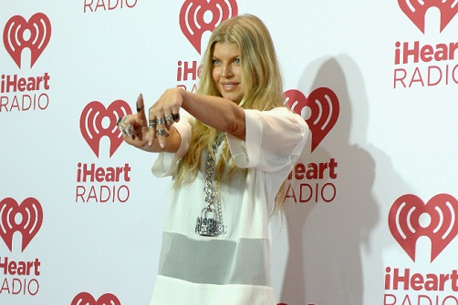 fergie-la-love-la-la-feature_2014-09-29_03-52-35