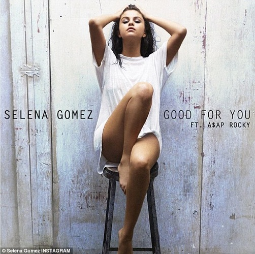 29CAECF800000578-3134154-_So_excited_Selena_Gomez_unveiled_the_sultry_album_art_for_Good_-a-182_1434955478506