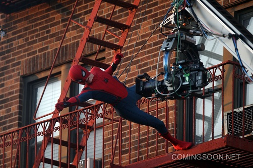 "NEW YORK, NY - SEPTEMBER 27: Tom Holland filming his own stunts as the title role in ""Spiderman : Homecoming"" on September 27, 2016 in New York City. (Photo by Steve Sands/GC Images)"